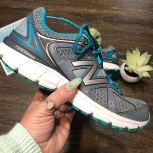 New Balance W560V6 Teal & Gray Running Shoe SZ 8.5